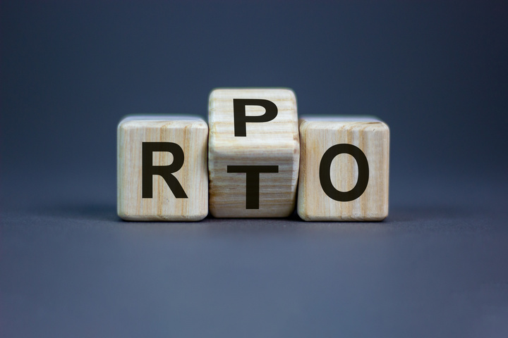 RTO (Recovery Time Objective) vs RPO (Recovery Point Objective)